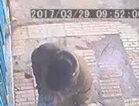 PATLAMA ANI - İran'da sigara izmariti kanalizasyon patlattı