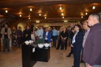 KUBAT - Kuşadası'nda Seramik Sergisi Açıldı