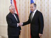 REX TILLERSON - Tillerson, Lavrov İle İlk Kez Görüştü