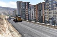 YıLDıZTEPE - Yıldıztepe Mahallesinde Sıcak Asfalt Çalışması Yapıldı