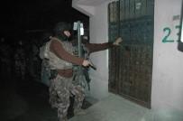 ZIRHLI ARAÇLAR - Adana'da PKK/KCK Operasyonu Açıklaması 13 Gözaltı