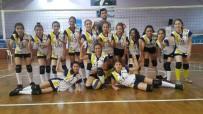 VOLEYBOL TAKIMI - Başak Koleji Küçük Bayanlar Voleybol Takımı Aydın Şampiyonu Oldu