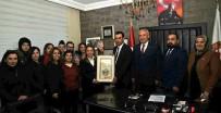 ÖZNUR ÇALIK - Çalık Referandum Çalışmalarını Sürdürüyor