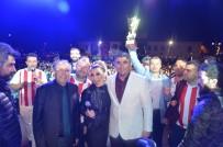 VOLEYBOL TAKIMI - Efeler Ligi'ni İrem Derici İle Kutladılar