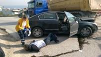 KAMYON ŞOFÖRÜ - İznik'te Kaza Açıklaması 2 Yaralı