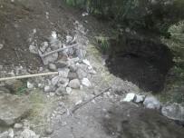 BOZKÖY - Kyme Antik Kenti'nde Kaçak Kazı Yapanlar Yakalandı