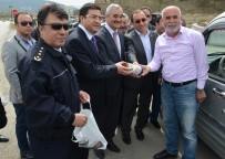 Osmancık Polisinden Sürücülere Pirinç Ve Leblebi İkramı