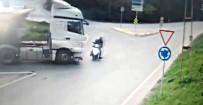 BAHÇEKÖY - Hafriyat Kamyonu Ters Yönden Gelen Motosiklete Çarptı