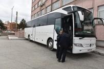 YOLCU OTOBÜSÜ - Tosya'da 67 Kaçak Mülteci Yakalandı