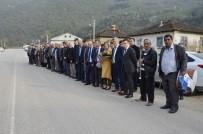 FARUK ÖZLÜ - Düzce'de Bakan Özlü'ye Davullu Zurnalı Karşılama