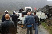 MAZLUM - Gümüşhane'de Trafik Kazası Açıklaması 4 Yaralı