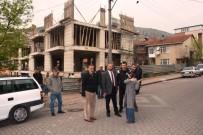 YENIDOĞAN - İzmit Belediyesi Mahalle İnceleme Gezileri Devam Ediyor