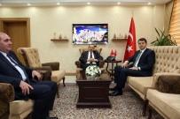 SALIH AYHAN - MEB Destek Hizmetleri Genel Müdürü Salih Ayhan, Vali İsmail Ustaoğlu'nu Ziyaret Etti