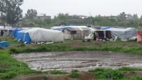 Mevsimlik İşçiler Suriyelilere Kucak Açtı
