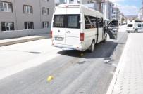 DIKILITAŞ - Minibüsün Çarptığı Küçük Çocuk Hayatını Kaybetti