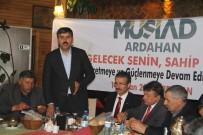 MÜSİAD Ardahan Şubesi Başkanı Gökdemir, Muhtarlarla Evet İçin Bir Araya Geldi