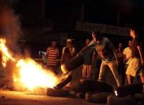 GÖZ YAŞARTICI GAZ - Venezuela'da hükumet karşıtı protesto: 5 ölü