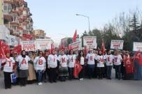 Afyonkarahisar'da Bakan Eroğlu'nun Katılımı İle 'Evet' Yürüyüşü Düzenlendi