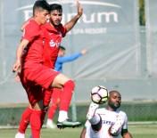 AKALAN - Antalyaspor Vagner Love'u Durduramadı