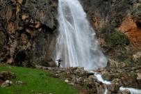 ŞELALE - Beytüşşebap'ta Aşırı Yağmur Sonrasında Dev Şelaleler Oluştu