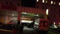 KENT ORMANI - Sultangazi'de 'Dur' İhtarına Uymayan Araca Polis Ateş Açtı  Açıklaması 2 Ölü, 1 Yaralı