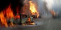 BOMBALI ARAÇ - Suriye'de otobüs konvoyunda patlama!