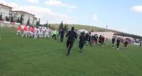 U17 Türkiye Şampiyonası 2. Kademe Final Maçı Sonrası Saha Karıştı