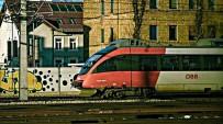 YOLCU TRENİ - Viyana'da Tren Kazası Açıklaması 7 Yaralı