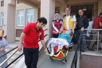 ALZHEIMER - 71 Yaşındaki Hasta Kadın Ambulansla Gelerek Oy Kullandı