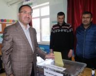 Adalet Bakanı Bekir Bozdağ, Oyunu Kullandı
