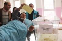 DÜZAĞAÇ - Bingöl'de Hastalar Sandık Başına Taşınıyor