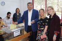 KAMİL OKYAY SINDIR - CHP Genel Sekreteri Sındır Oyunu Kullandı