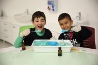 BİLİM MERKEZİ - Çocuklar Bilimi Atölye Çalışmalarında Öğreniyor