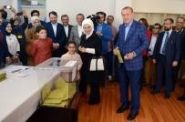 EMINE ERDOĞAN - Cumhurbaşkanı Erdoğan Açıklaması 'Türkiye Sandıklar Açılınca Geleceğe Yürüyecektir'