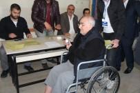 Elazığ'da Engelliler Oy Kullandı