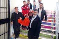 SOLUNUM YETMEZLİĞİ - Gaziantep'te Hastalar Sedye İle Oy Kullanmaya Götürüldü
