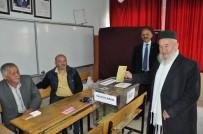 EMEKLİ İMAM - Kuşu Halkı 3 Yıl Sonra Oy Kullandı