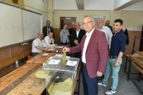 AHMET YESEVI - Milletvekili Nurlu Ve Başkan Kayda Oyunu Kullandı