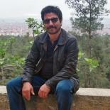 AŞIRI HIZ - Bariyerlere Çarpan Motosikletin Sürücüsü Öldü