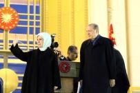 EMINE ERDOĞAN - Cumhurbaşkanı Erdoğan Vatandaşa Sırtını Dönmedi