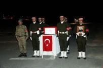TABUR KOMUTANLIĞI - Hakkari'de Şehit Uzman Çavuş İçin Tören Düzenlendi