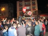 Hisarcık'ta 'Evet' Kutlaması