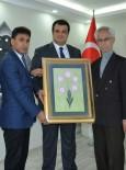 SUR BELEDİYESİ - İYC'den Başkan Özkan'a Ziyaret