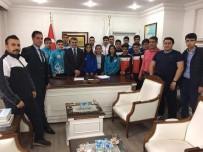 GÜREŞ - Kaymakam Özkan'dan Başarılı Sporculara Ödül