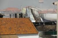 PORTEKIZ - Lizbon'da Süpermarket Otoparkına Uçak Düştü