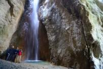 ŞELALE - Susuz Şelale Keşfedilmeyi Bekliyor