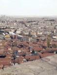 CAN GÜVENLİĞİ - Ankara Kalesi Surlarında Ölüm Tehlikesi