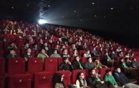 AHMET EMIN YALMAN - Beyoğlu'nda 4 Bin Öğrenci Daha Sinemayla Buluştu