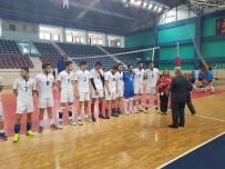 GIRESUN ÜNIVERSITESI - Düzce Üniversitesi Erkek Voleybol Takımı 1. Lig Şampiyonu Oldu