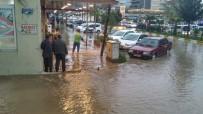 SAĞANAK YAĞIŞ - Kahta'da Dolu Ve Sağanak Yağış